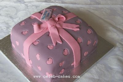 Gift wrapped present cake